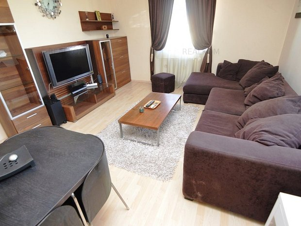 www.RealKom.ro: Apartament 3 camere de inchiriat Tineretului