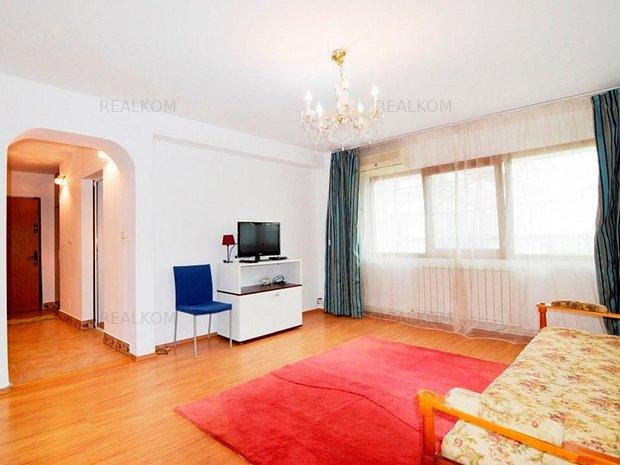 www.RealKom.ro: Apartament 2 camere de inchiriat Decebal