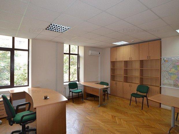 Cladire de birouri inchiriata, pentru investitie - imaginea 2
