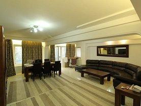 Apartament de vânzare 5 camere, în Bucuresti, zona Unirii