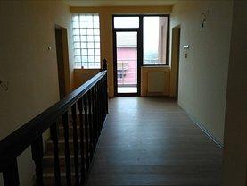 Casa de închiriat 5 camere, în Ghiroda