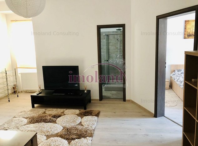 Apartament - vanzare - 3 Camere - renovat complet - Universitate-Armeneasca - imaginea 1