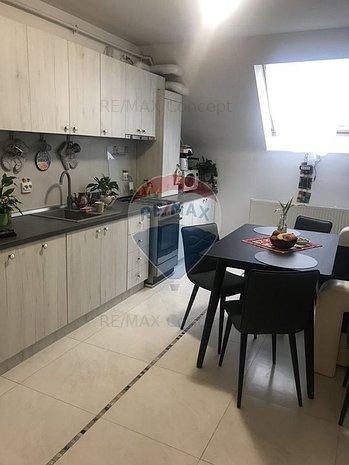Apartament cu scara interioara Manastur - imaginea 1