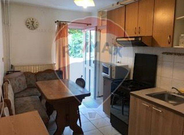 Apartament cu 3 camere + parcare - imaginea 1