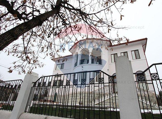 Casa / Vila spectaculoasa pe strada Brasov - imaginea 1