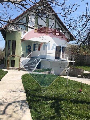 Casa / Vila Strada Ciresilor - imaginea 1