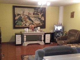 Casa de vânzare 5 camere, în Ghimbav, zona Ghimbav Livada
