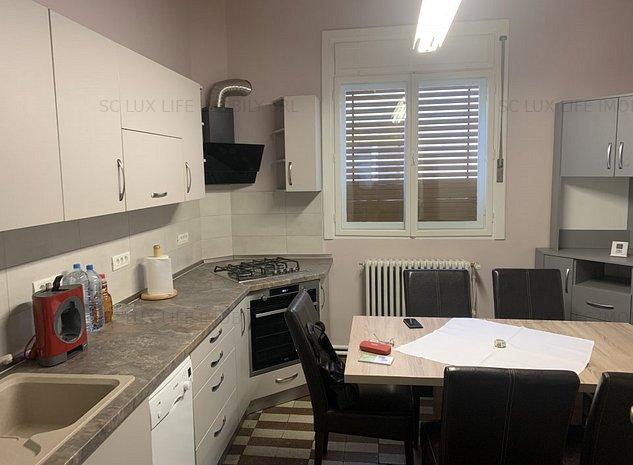inchiriez apartament 4 camere in vila ultracentral 480 euro - imaginea 1