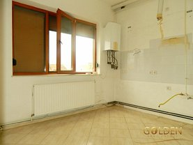 Apartament de vânzare 4 camere în Vladimirescu