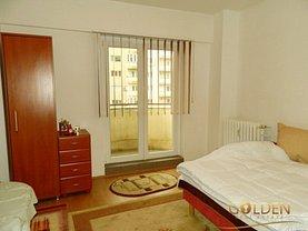 Apartament de vânzare 4 camere în Arad, Intim
