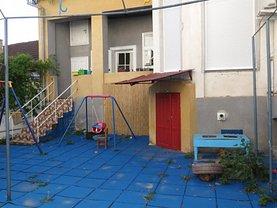 Casa de închiriat 7 camere, în Arad, zona Ultracentral