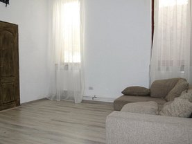 Casa de închiriat 3 camere, în Arad, zona Boul Roşu