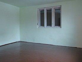 Casa de închiriat 3 camere, în Arad, zona Micălaca
