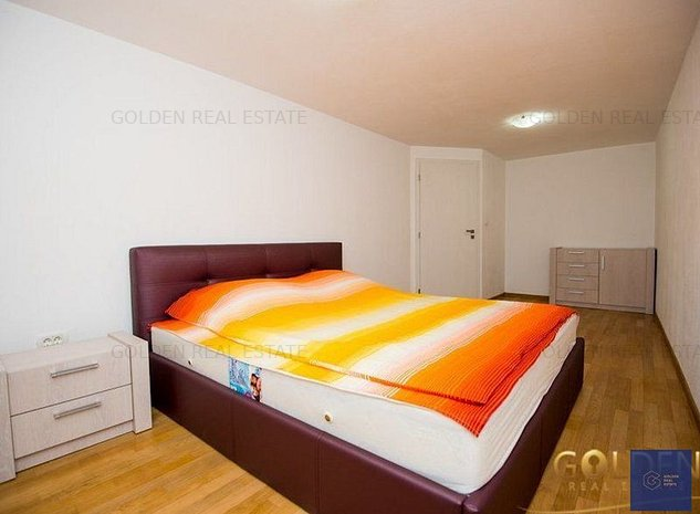 Apartament modern cu 5 camere, zona Centrala, B-dul Revolutiei - imaginea 1