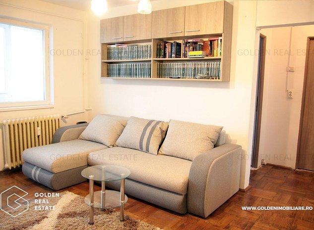 Apartament 3 camere, zona Boul Rosu, balcon spatios, garaj - imaginea 1