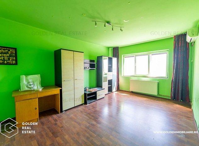 Apartament 3 camere, zona Alfa, decomandat, centrala proprie pe gaz - imaginea 1