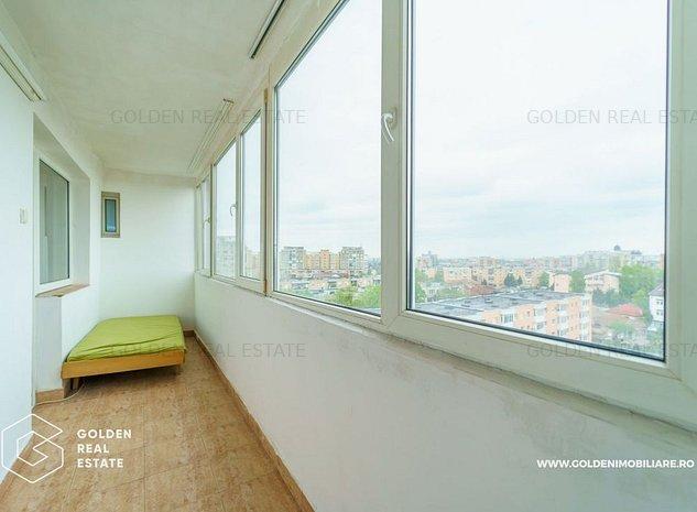 Apartament 3 camere, decomandat si spatios, zona Lebada - imaginea 1