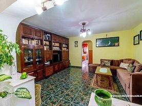 Apartament de vânzare 5 camere, în Arad, zona Micalaca