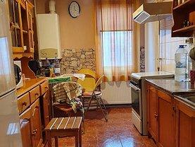 Apartament de vânzare 3 camere, în Târgu Mureş, zona Tudor Vladimirescu