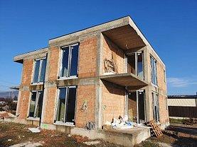 Casa de vânzare 3 camere, în Târgu Mureş, zona Unirii