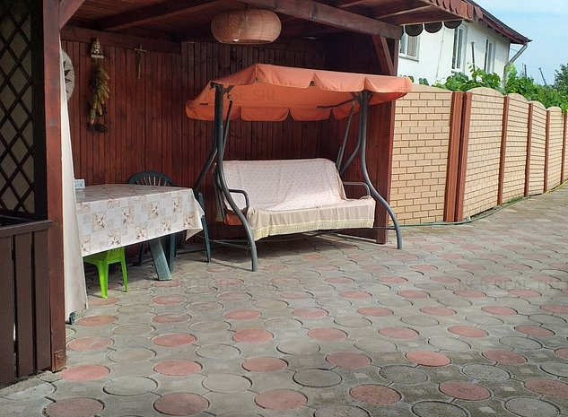 Casa de vanzare, 4 camere, 1200 mp teren, zona Aradului - imaginea 1