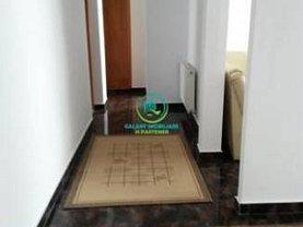 Apartament de închiriat 4 camere, în Pitesti, zona Rolast