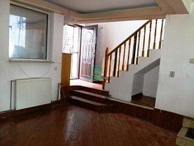 Casa de închiriat 3 camere, în Pitesti, zona Teilor