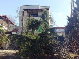Casa de închiriat 7 camere, în Pitesti, zona Central