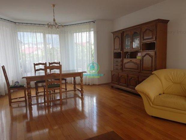 Inchiriere Casa In zona Trivale Pitesti: Living