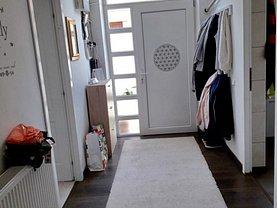 Casa de vânzare 3 camere, în Bucuresti, zona Vatra Luminoasa