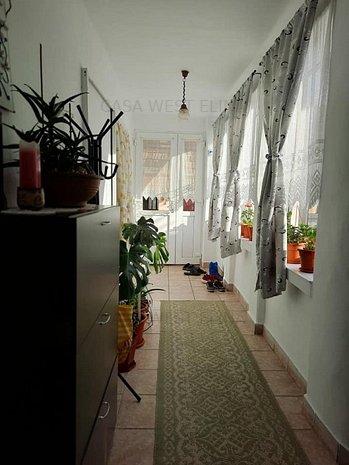 Belint Casa locibila mobilata/utilata+2150teren!!! - imaginea 1