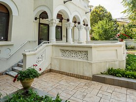 Casa de închiriat 12 camere, în Bucureşti, zona Capitale
