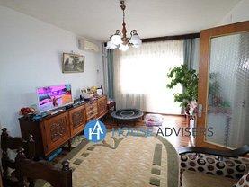 Apartament de vânzare 4 camere, în Bucureşti, zona Eroii Revoluţiei