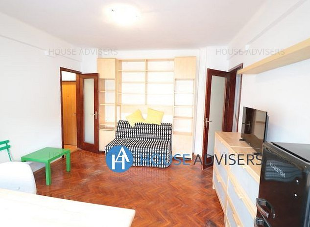 Inchiriere apartament 3 camere Universitate - imaginea 1