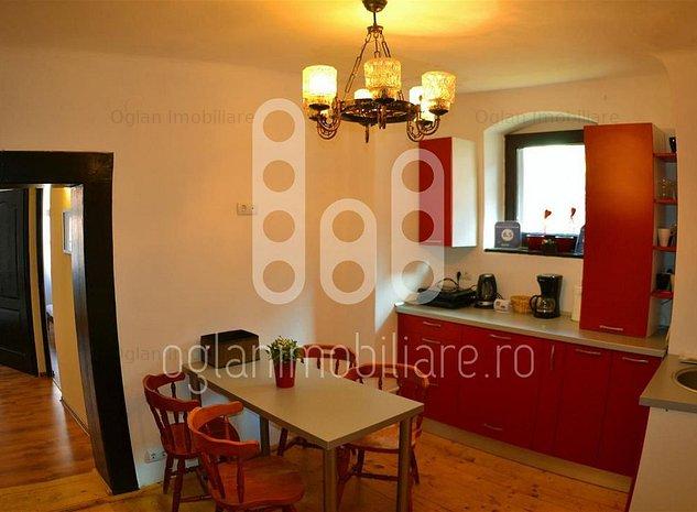 Apartament 3 camere in centrul Sibiului - imaginea 1