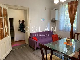 Casa de vânzare 3 camere, în Sibiu, zona Piaţa Cluj
