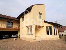 Casa de vânzare 12 camere, în Şelimbăr