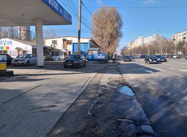 Hala Bulevardul Aurel Vlaicu - imaginea 1