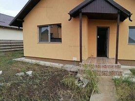 Casa de vânzare 3 camere, în Horpaz