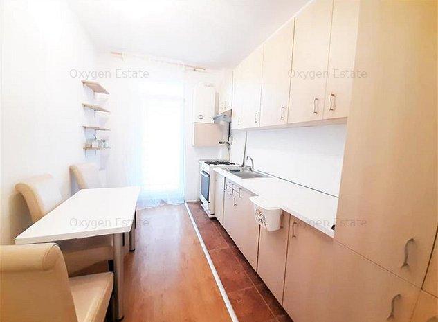 Apartament modern cu 4 camere, Gradina si Parcare, zona Campului - imaginea 1