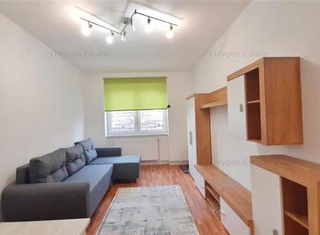 Proaspat renovat! Apartament 2 camere decomandate, Piata Mihai Viteazu - imaginea 1