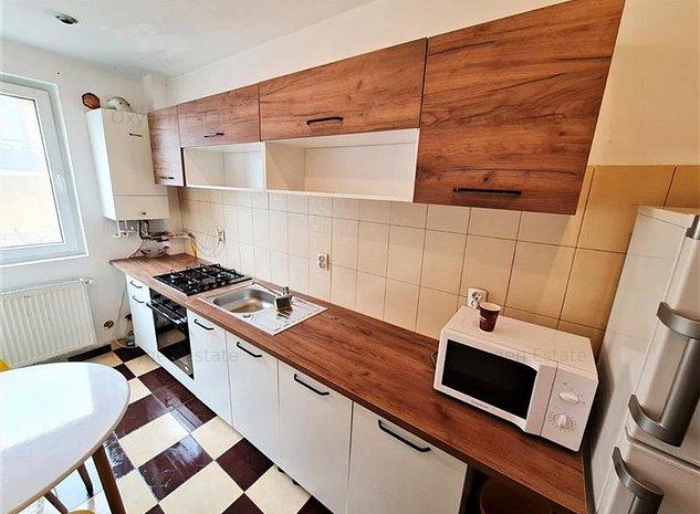 Apartament spatios cu 3 camere si parcare in cartierul Buna Ziua - imaginea 1