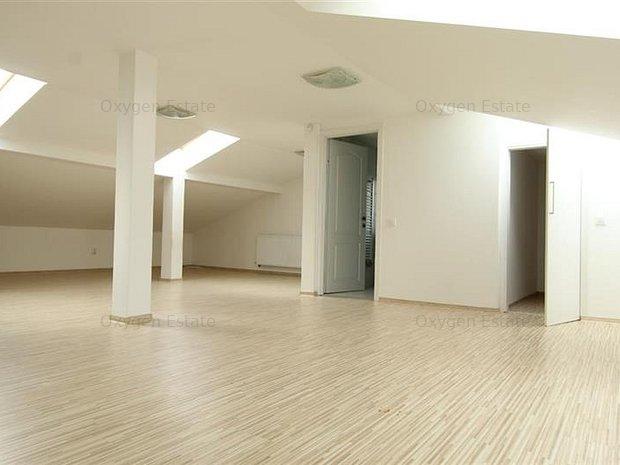 Casa cu 8 camere, constructie Noua ! - Curte- Piata Cipariu - Centru - imaginea 1