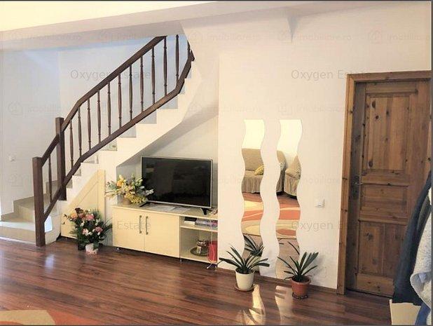 Casa ideala cu 4 camere si trei dormitoare! 2 parcari! Zorilor - imaginea 1