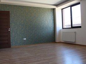 Apartament de vânzare 5 camere, în Bucuresti, zona Fundeni