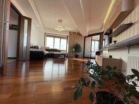 Apartament de vânzare 4 camere, în Bucureşti, zona Octavian Goga