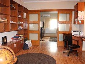 Casa de vânzare sau de închiriat 7 camere, în Bucuresti, zona Vatra Luminoasa