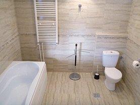 Apartament de închiriat 5 camere, în Bucuresti, zona 1 Mai