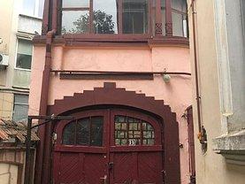 Casa de vânzare 8 camere, în Bucuresti, zona Cotroceni