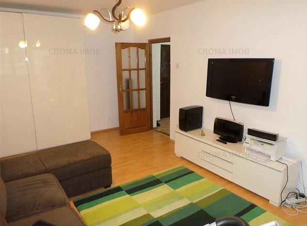 Croma Imob vanzare apartament 3 camere, mobilat, zona 9 Mai - imaginea 1